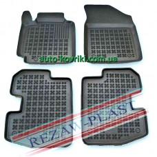 Резиновые коврики в салон Toyota Yaris 1999-2005 3-х дв. (Rezaw-Plast)